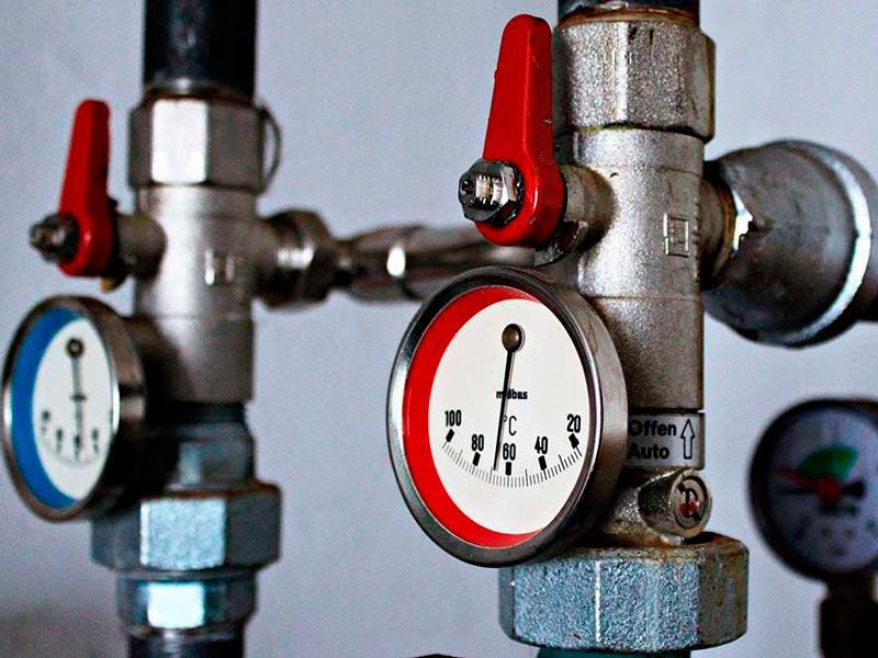 Restauración de Calefacción y Tuberías Comunes